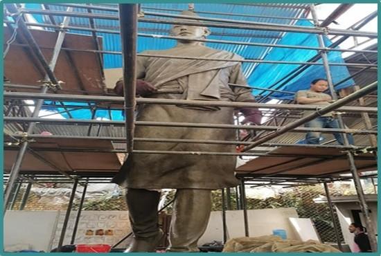 Stone Artist  in Chitwan